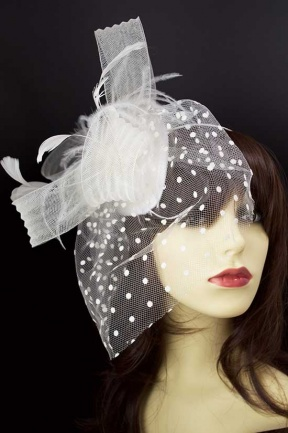 Large Ivory Crinoline Loop & Veil Hairband Fascinator