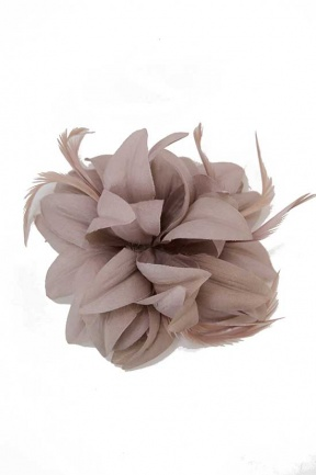 Mocha Pretty flower Fascinator with Feathers & Clip