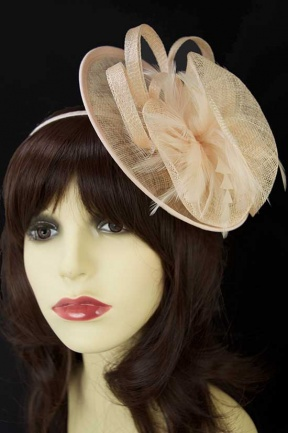Nude/Peach Small Hat Fascinator with Clip & Hairband