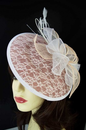 Nude Tone & White Pretty Saucer Hat