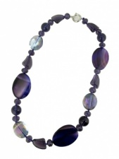 Purple Agate and Sparkling Crystal Fashion Necklace