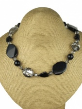 Black and Silver Crystal Fashion Necklace