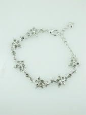 Diamonte Star Delicate Fashion Bracelet