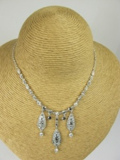 Grey and Clear Crystal Pretty Fashion Necklace